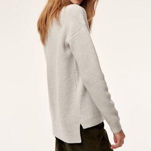 Aritzia Wilfred Free sweater size small